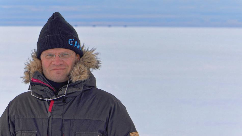 Die Expedition wird von Professor Markus Rex geleitet. Er selber ist Atmosphärenforscher und leitet die entsprechende Abteilung innerhalb des AWI. Bild: AWI